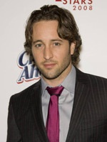 Alex O'Loughlin- Seriesaddict